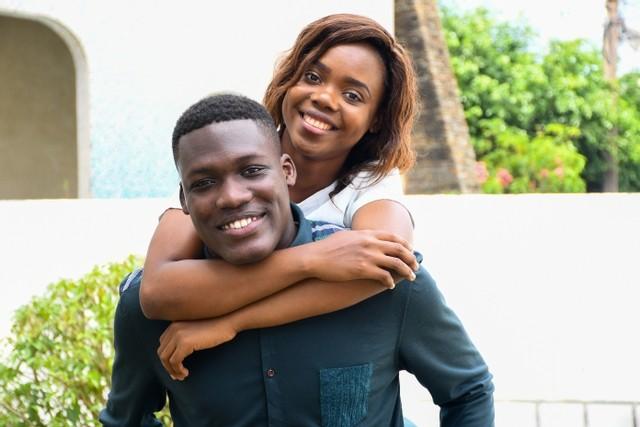 adolescents africains amoureux