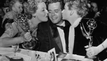 Song lyrics to Cuban Cabby, written by James Cavanaugh, John Redmond and Nat Simon, performed by Desi Arnaz in the I Love Lucy episode, The Club Election