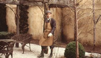 """Peter Sellers as Chance the gardener, the central character in """"Being There"""""""