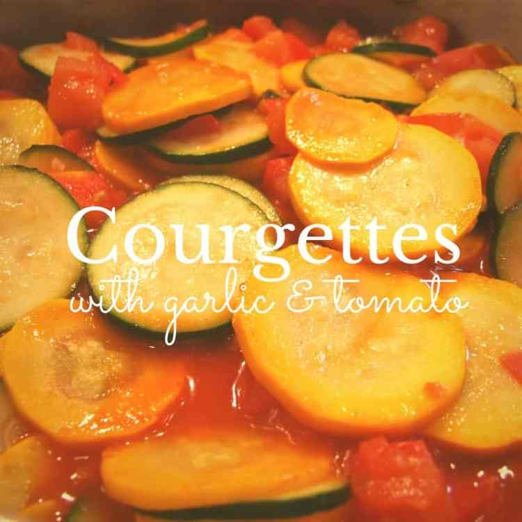 courgettes with garlic & tomato