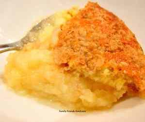 quince & apple sponge crumble.