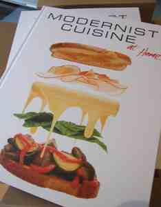 front cover of Modernist Cuisine at home