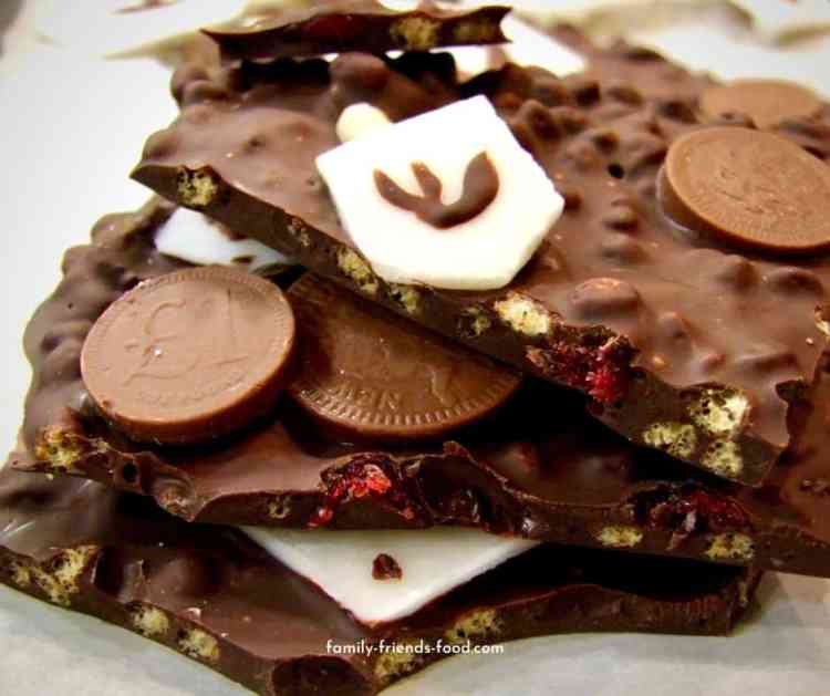 Chanukah chocolate bark.