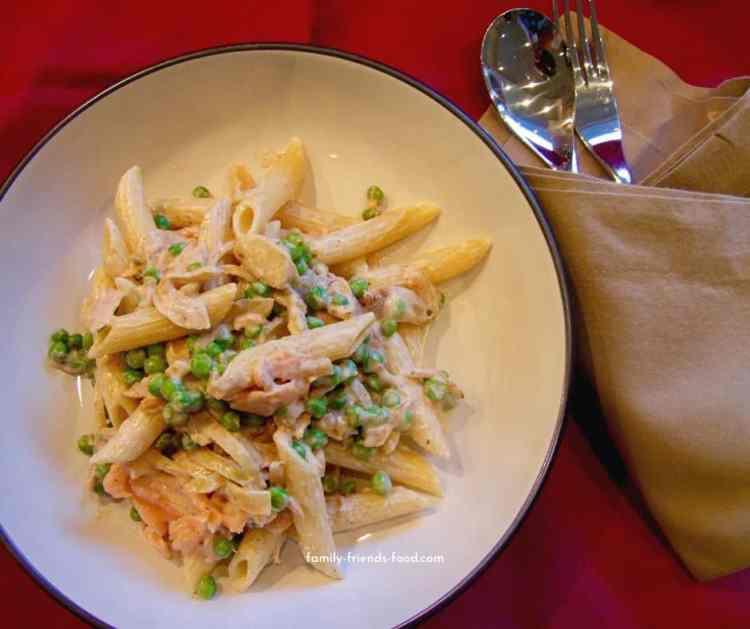 smoked salmon pasta & peas.