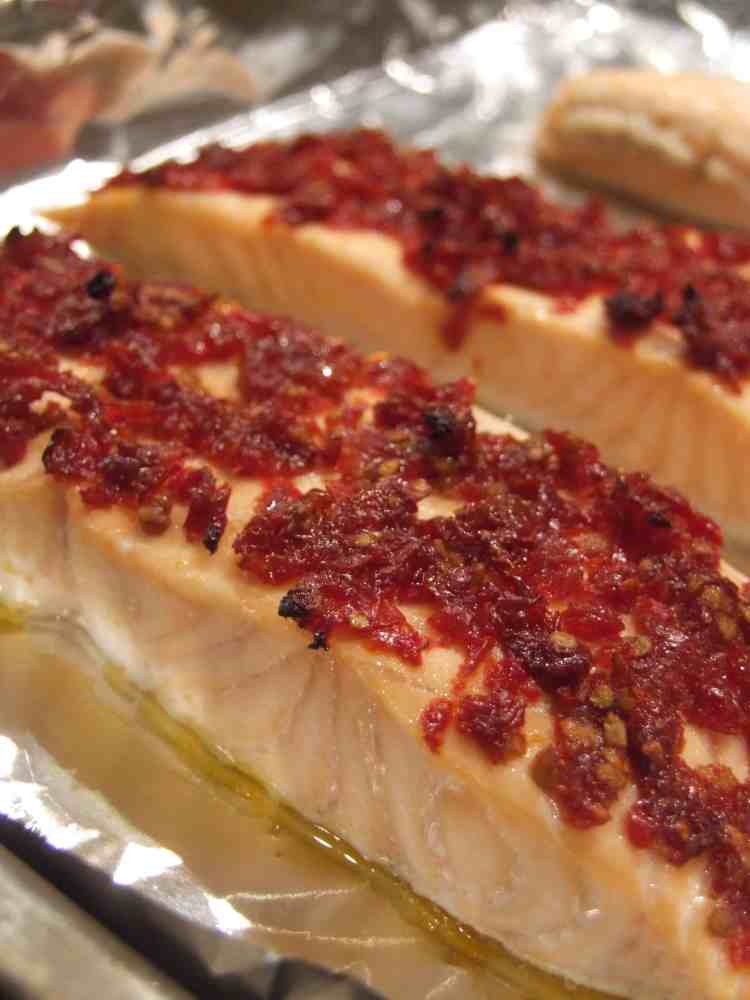 salmon with sundried tomatoes