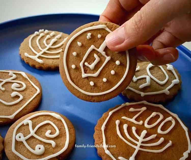 Gingerbread Chanukah gelt