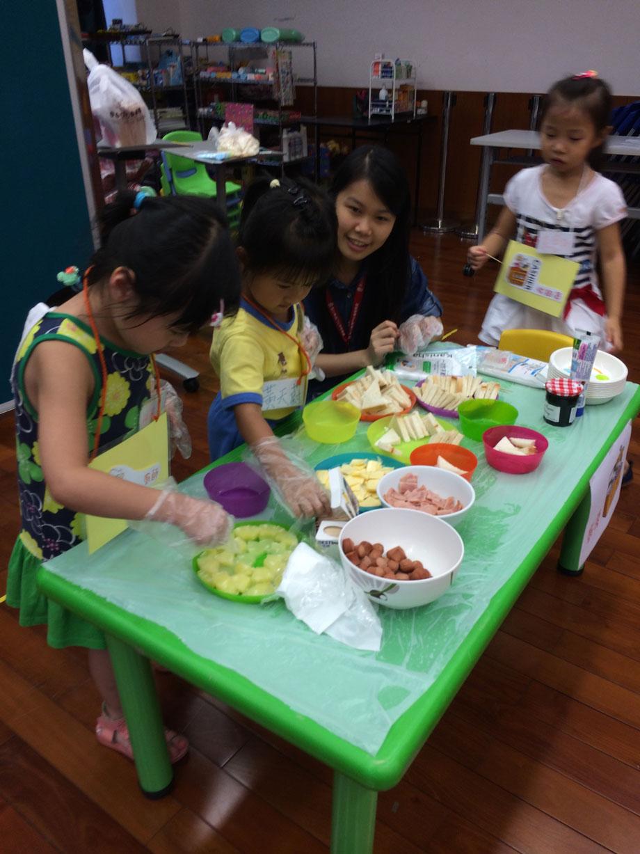 服務介紹   聖公會氹仔青少年及家庭綜合服務中心 – 親子地帶
