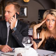 affair recovery - technology is hurting your relationship