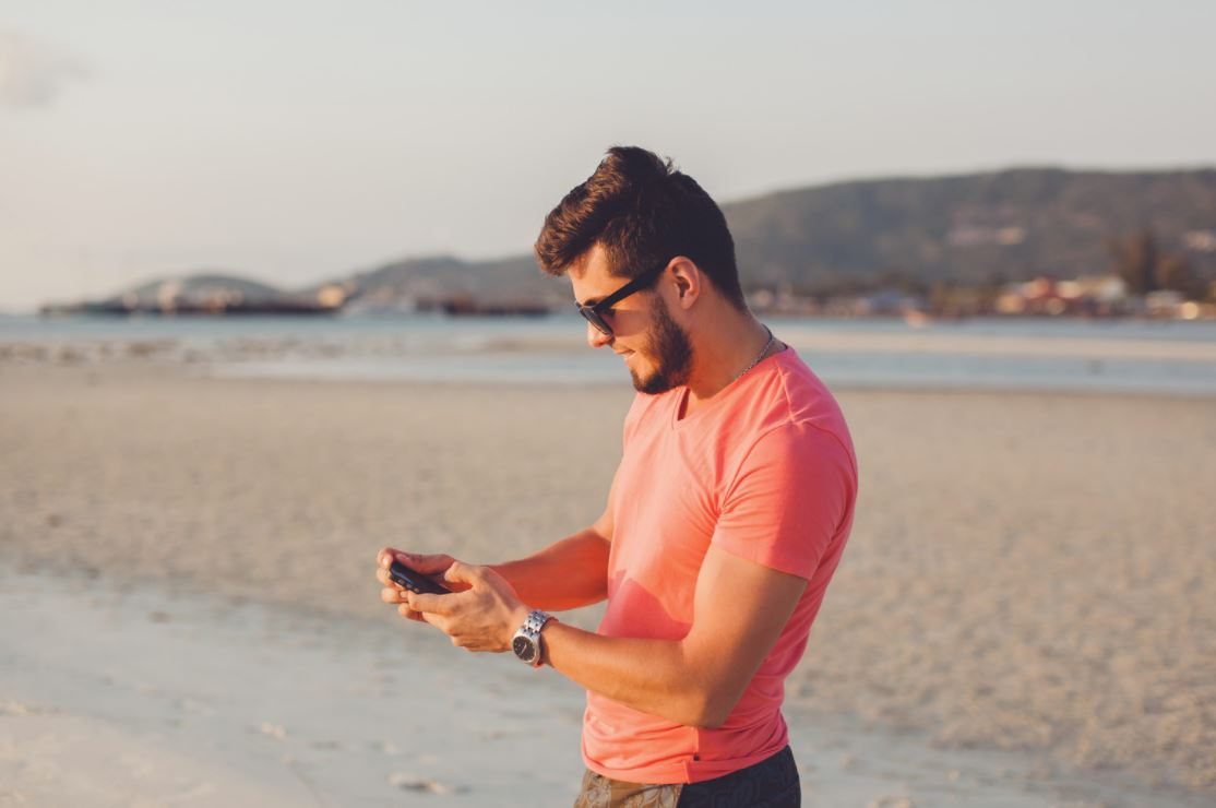 What to Do if Your Ex Keeps Texting You