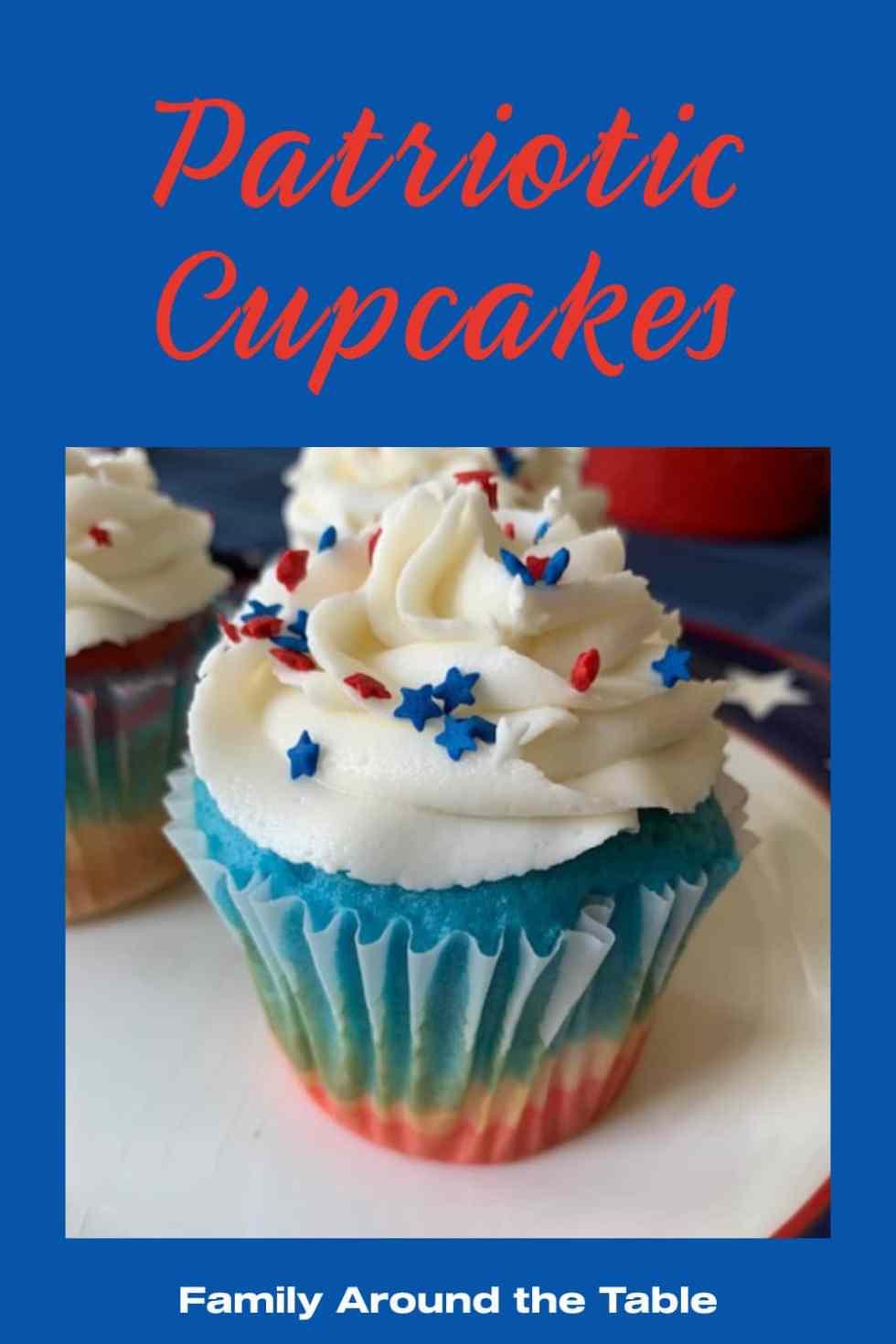 Patriotic cupcakes Pinterest image.