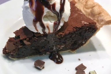 Sometimes you need an easy recipe. Brownie mint pie is that recipe.