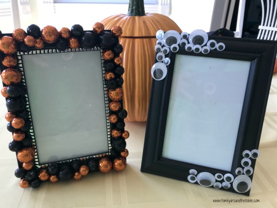 DIY Halloween Picture Frames are easy, cute and fun to make.