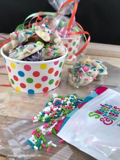 Package up white chocolate snack clusters for hostess gifts or party favors.