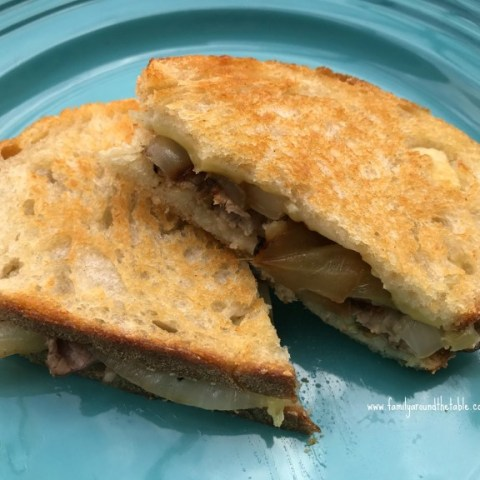 Roast Beef, Brie and Caramelized Onion Grilled Cheese