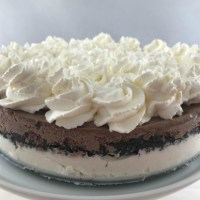 Ice Cream Torte with Crunchy Crumb Center