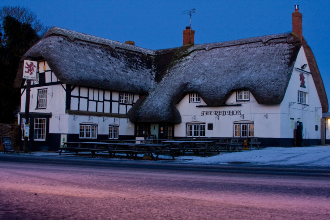 Red Lion, Avebury