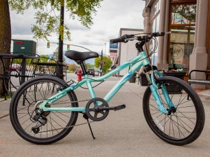 Ezra Bikes - Booth 837,839