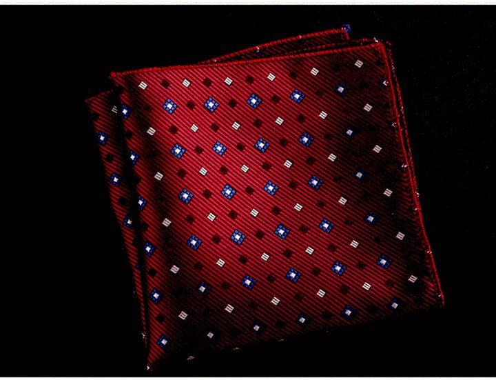 Handkerchief-at-palazzo