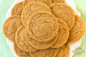 Soft & Chewy Ginger Molasses Cookies are perfect for the holidays! Lovely combination of spices give these Molasses Cookies incredible flavor and texture.