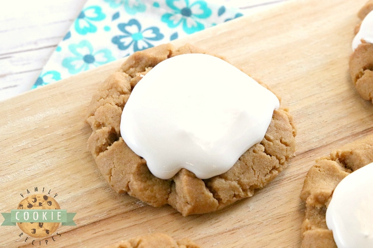 Peanut Butter Cookies with marshmallow fluff on top