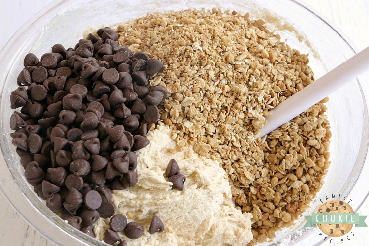 Ingredients in granola chocolate chip cookies