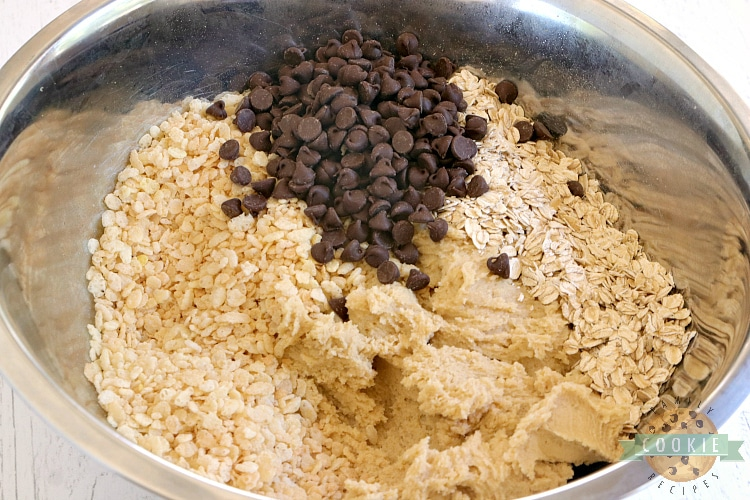 Ingredients in Rice Krispie chocolate chip cookies