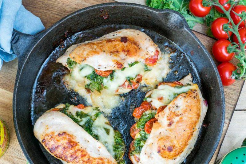 Tomato-Kale-Mozzarella-Stuffed-Chicken-recipe