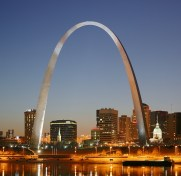 St_Louis_night_expblend_cropped