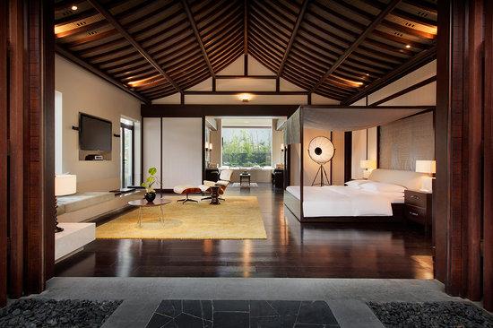 luxury hotel resort