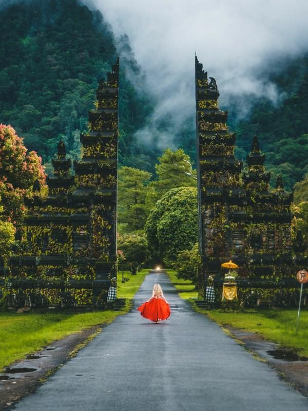 Pura Lempuyang Bali temple gateway to heaven