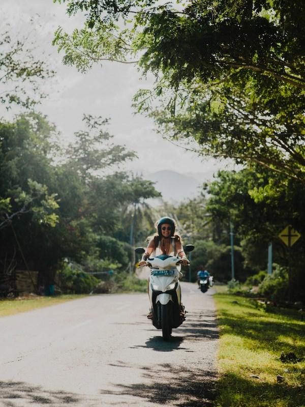 Sccoter Woman Bali