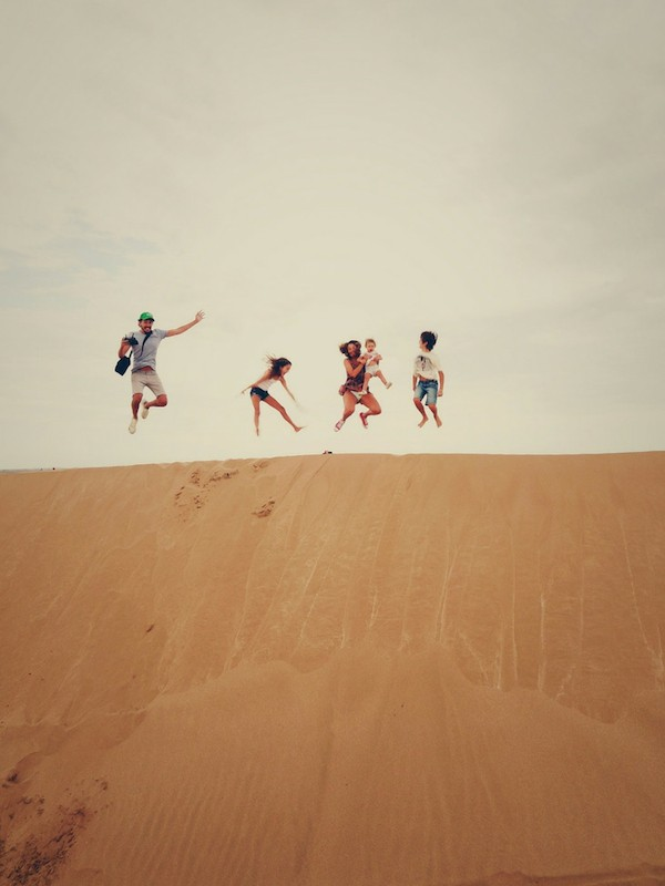 Blended family of 5 jumping sand dunes