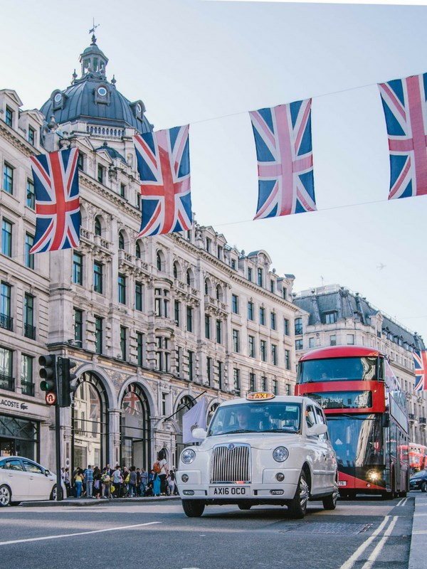 Things to do in London with kids Buses