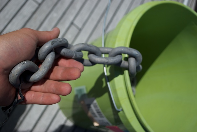 So i went to the chandlery again and bought 20ft of the 7/16 G43 chain. I was an special order and i had to wait a week for it top arrive.