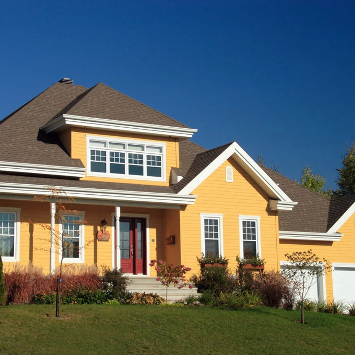 12 Trending Home Exterior Colors — The Family Handyman