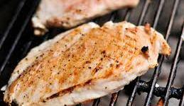 خطورة و أضرار اللحوم المشوية : ما السر ؟