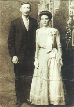 Rowland Mosey & Eliza Carriveau wedding - 1910