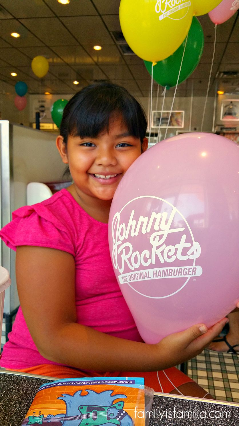 celebrate-national-shake-month-at-your-local-johnny-rockets