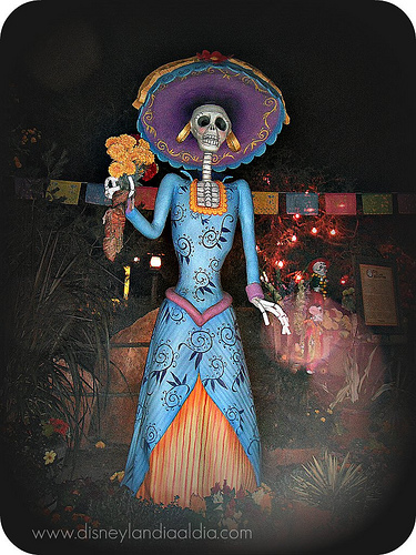 how-to-celebrate-dia-de-los-muertos-when-you-dont-celebrate-dia-de-los-muertos