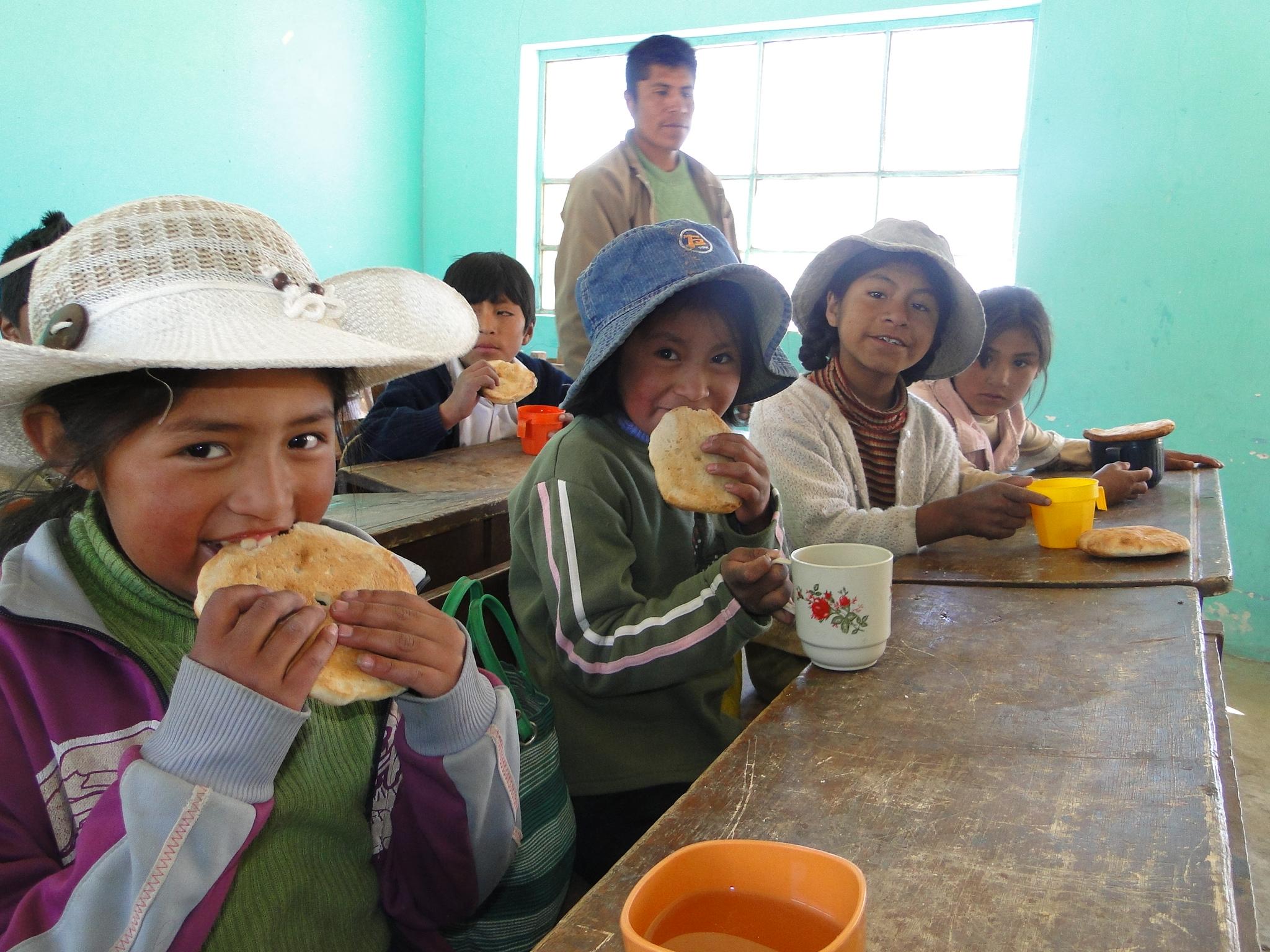 providing-nutrition-combatting-childhood-hunger-bolivia-partnership-truvia-world-food-programme