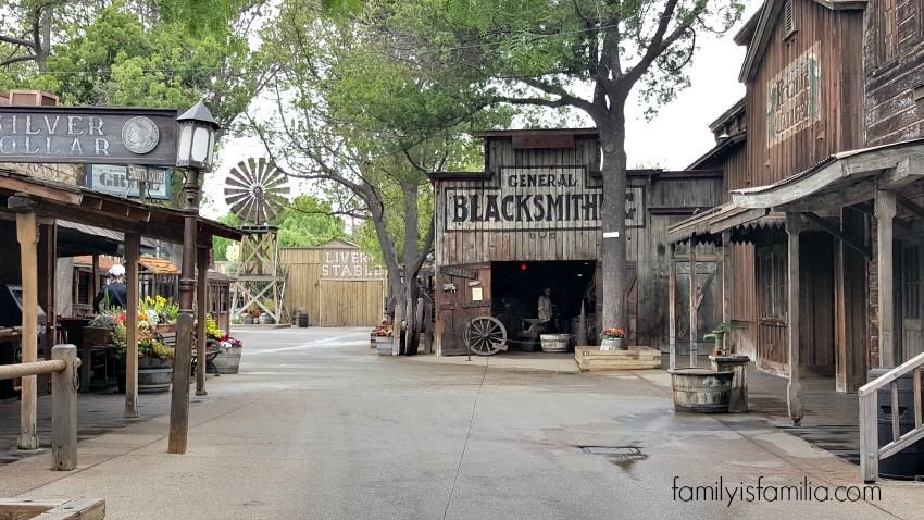 Celebrate Summer at Knott's Berry Farm with Ghost Town Alive!