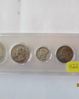 1942 Year set mostly silver coins in Whitman plastic holder nice