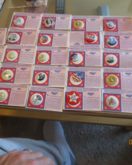 29 piece lot 1972 Reproduction Presidential campaign buttons nice