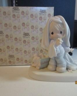 Vintage in box Precious Moments figurine #110043 June 1987