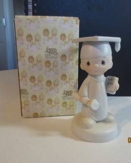 Vintage in box Precious Moments figurine #E4720 The lord bless you and keep you 1980