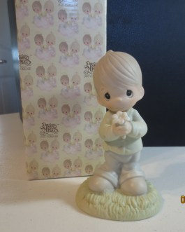 Vintage in box Precious Moments figurine #109975 Mommy I love you 1987