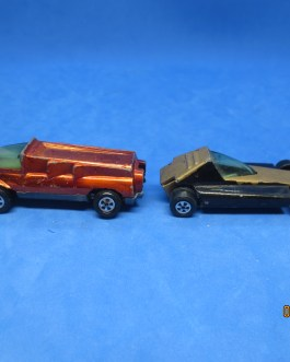 2 Johnny Lightning VINTAGE diecast cars Monster & Whistler topper series