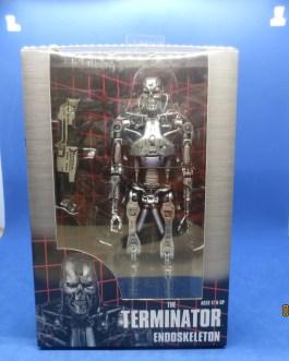 NECA TERMINATOR: T—800 TERMINATOR ENDOSKELETON Action Figure U.S. Seller