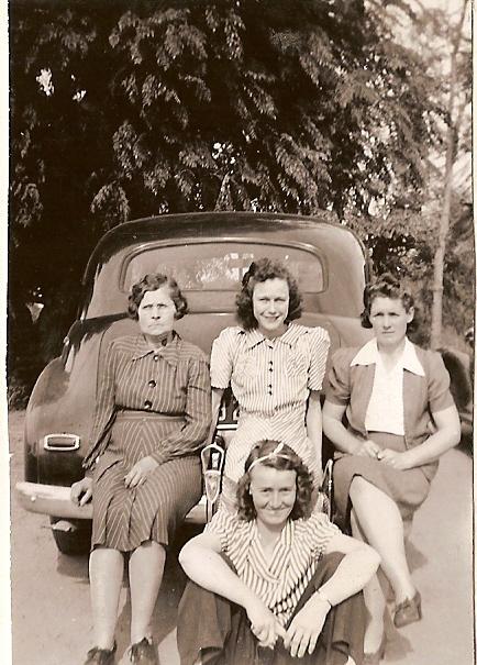 Alice Frazier Harris, Violet, Ettie, Lola