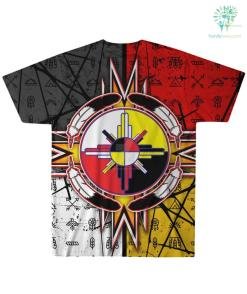 familyloves.com CIRCLE OF COURAGE NATIVE AMERICAN OVER PRINT T-SHIRT %tag